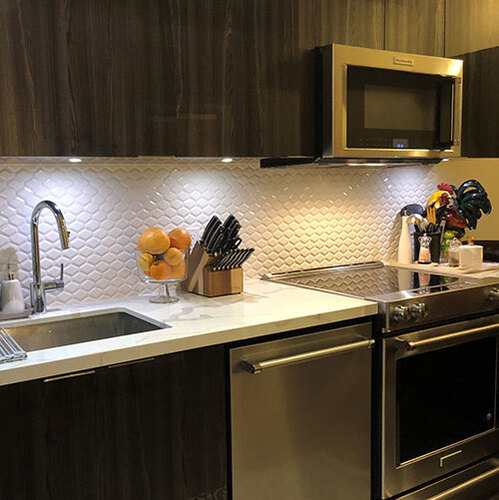 Backsplash-convex-white